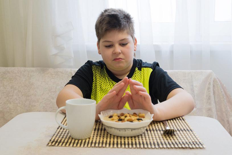 Znacznie nasilona nadwaga, otyłość oraz otyłość kliniczna powinny budzić niepokój rodziców /123RF/PICSEL