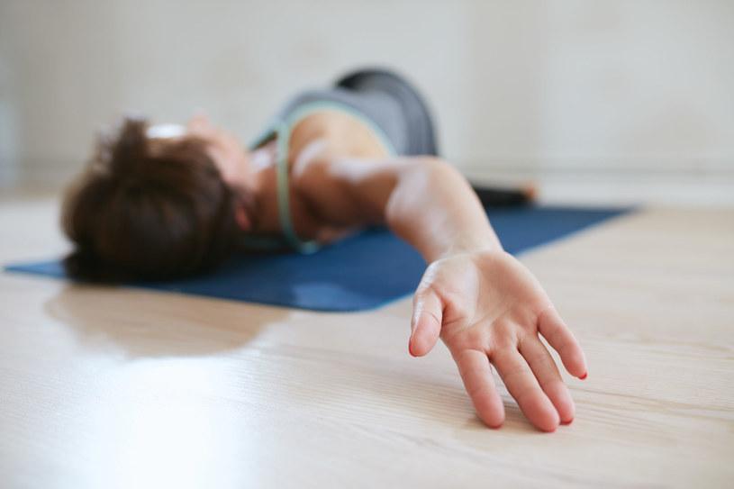 Znajdź czas na ćwiczenia w domu /123RF/PICSEL