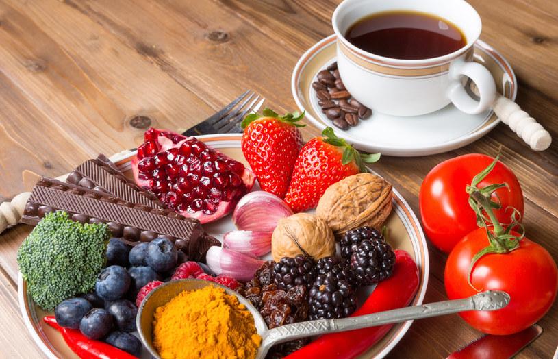 Znajdziesz je w owocach, warzywach, przyprawach, a nawet w kawie /123RF/PICSEL