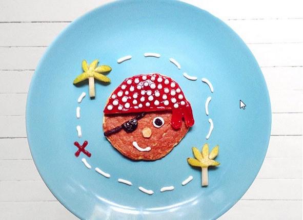 Znakiem rozpoznawczym Idy Frosk jest niebieski talerz, na którym podaje swoje piękne śniadania /Ida Frosk/ Instagram printscreen /INTERIA.PL