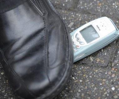 Znalazł telefon - trafi do sądu