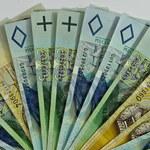 Znalazła 7 tysięcy złotych i... natychmiast oddała je policji