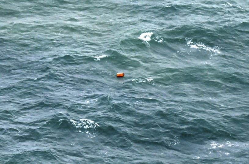 Znaleziono szczątki zaginionego  samolotu AirAsia /PAP/EPA