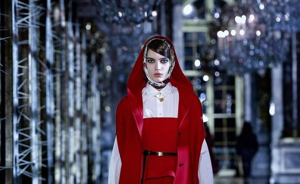 Znamy najnowsze trendy paryskiej mody. Zobacz filmy!