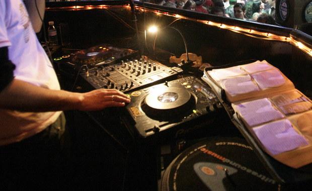 Znany DJ spowodował śmiertelny wypadek pod Szczecinem. Miał 2 promile alkoholu