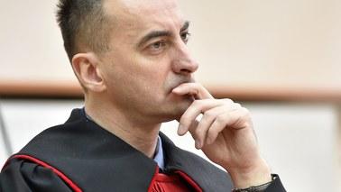 Znany prokurator oddelegowany. Możliwe akcje prawne przeciwko Ziobrze i Święczkowskiemu