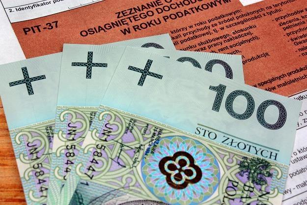 Znikną ulgi podatkowe i wspólne rozliczenie małżonków? /©123RF/PICSEL