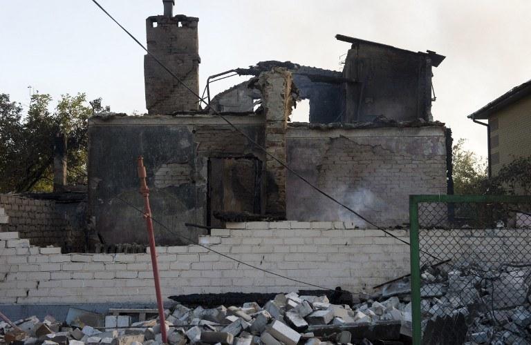 Zniszczenia po bombardowaniach /AFP