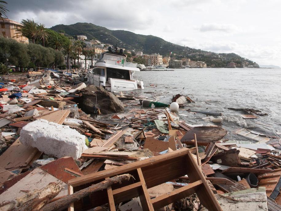 Zniszczenia po burzach we Włoszech są spore /FRANCO BOLZONI /PAP/EPA