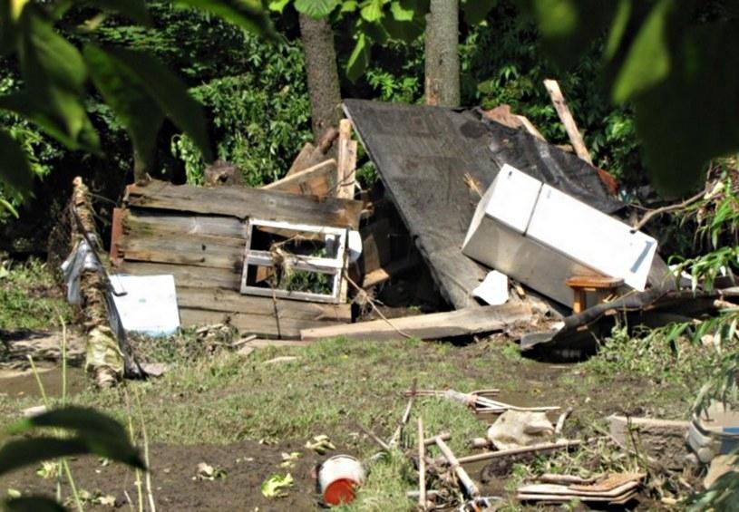 Zniszczenia po nawałnicy w Lelowie /RMF24