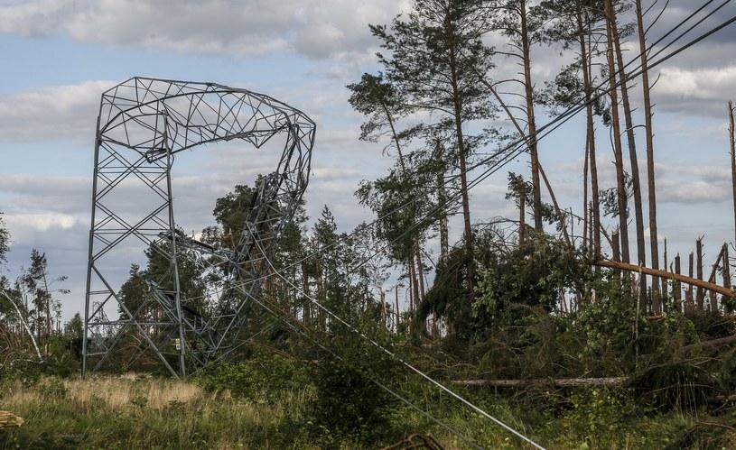Zniszczenia po nawałnicy w miejscowości Zapora /Karolina Misztal /Reporter