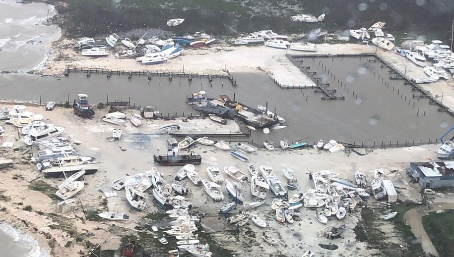 Zniszczenia po przejściu huraganu Dorian /Petty Officer 3rd Class HUNTER MEDLEY/US COAST GUARD HANDOUT /PAP/EPA