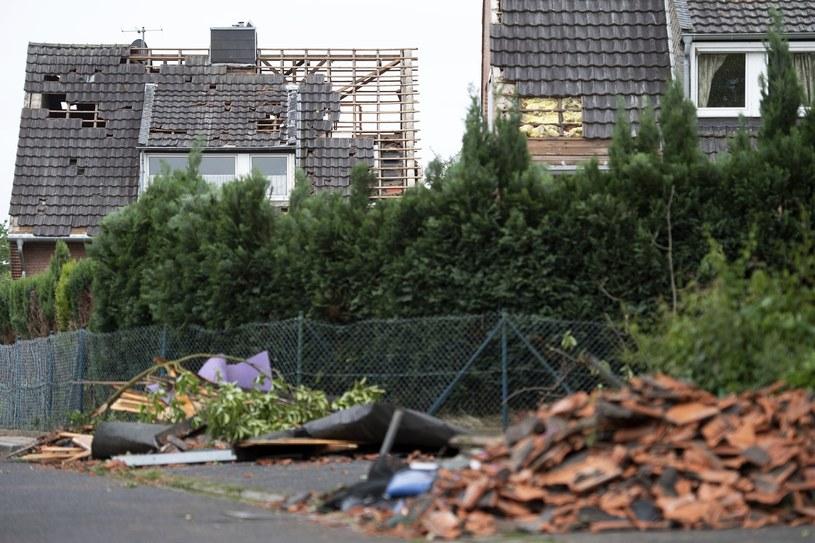Zniszczenia po przejściu tornada, zdj. ilustracyjne /Marius Becker/dpa via AP /East News
