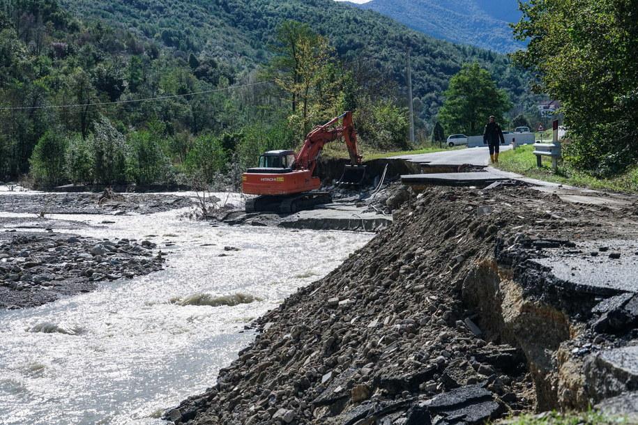 Zniszczenia spowodowane przez powódź we Włoszech /Tino Romano /PAP/EPA