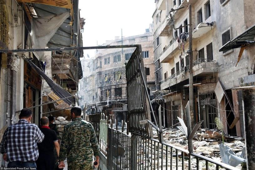 Zniszczenia w Aleppo /East News