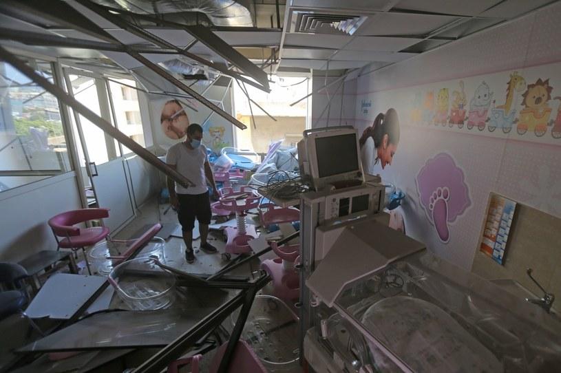 Zniszczenia w jednym ze szpitali w Bejrucie /AFP