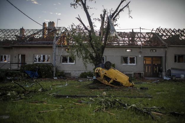 Zniszczenia w Morawskiej Nowej Wsi /Martin Divisek /PAP/EPA