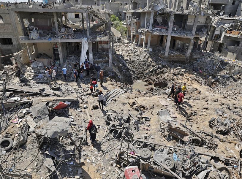 Zniszczenia w Strefie Gazy po bombardowaniu ze strony Izraela /MAHMUD HAMS / AFP /AFP