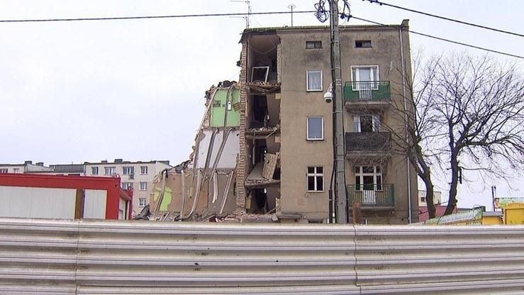 Zniszczona kamienica na Dębcu /Polsat News