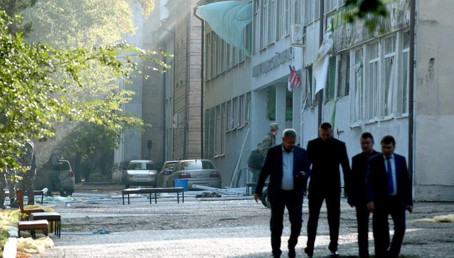 Zniszczona szkoła w Kerczu /Sergei Malgavko/TASS /PAP/EPA