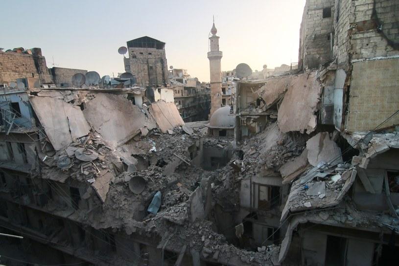 Zniszczone budynki na skutek wojny domowej w Syrii /fot. Jawad al Rifai/Anadolu Agency /Getty Images