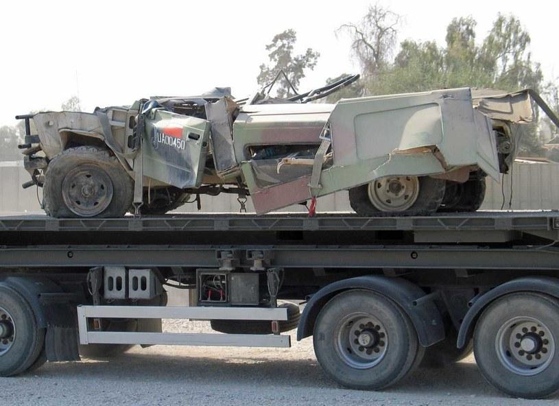 Zniszczony Honker Polskiego Kontyngentu Wojskowego w Iraku, Ad-Diwanija, jesień 2005 roku /Marcin Ogdowski /INTERIA.PL