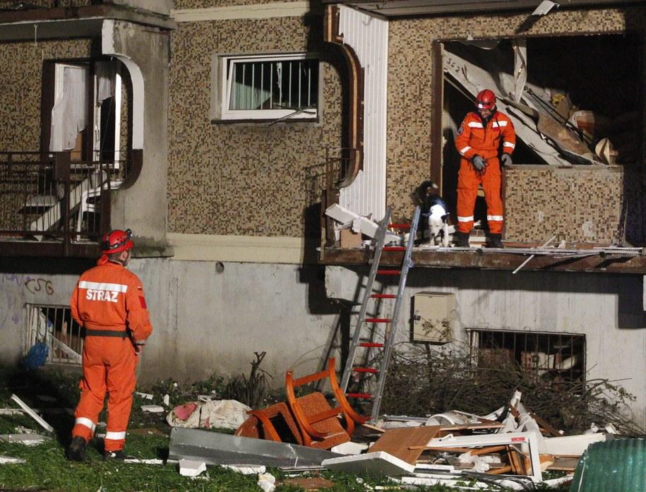 Zniszczony od wybuchu gazu blok w Bytomiu / Andrzej Grygiel    /PAP