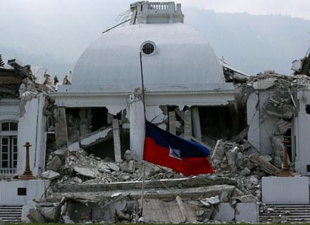 Zniszczony Pałac Prezydencki w stolicy Haiti Port-au-Prince - fot. Win McNamee /Getty Images/Flash Press Media