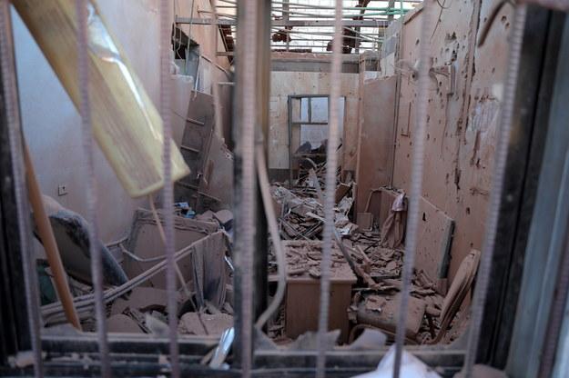 Zniszczony szpital w mieście Afrin /YAHYA NEMAH /PAP/EPA