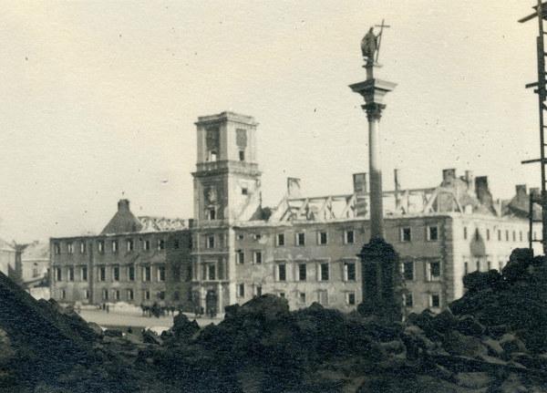 Zniszczony Zamek Królewski