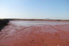 Zniszczony zbiornik z chemikaliami – ekskluzywne zdjęcia reportera RMF FM