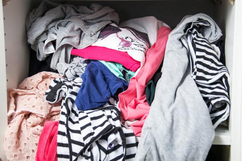 Znoszone ubrania /©123RF/PICSEL