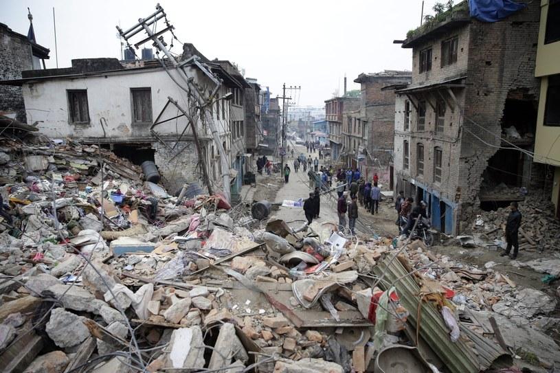 Znów zatrzęsła się ziemia w Nepalu i w Indiach /PAP/EPA