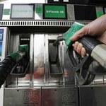 Znowu rekordowo droga benzyna, olej poniżej maksimum