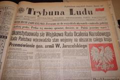 """Zobacz """"Trybunę Ludu"""" z 13 grudnia 1981 roku"""