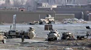 Zobacz zdjęcia z miejsca ataku na polskich żołnierzy //PAP/EPA