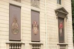 Zobaczcie zdjęcia kontrowersyjnego banneru i samego eksponatu: