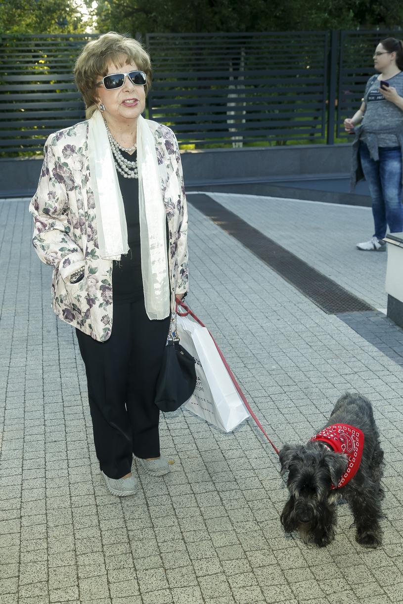 Zofia Czerwińska z psem Dżekiem /Baranowski /AKPA