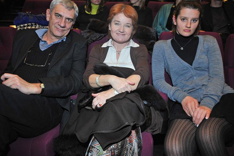 Zofia Zborowska z rodzicami /- /East News