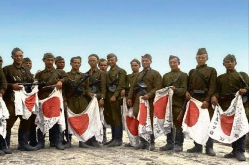 Żołnierze 394 Pułku Strzeleckiego w Harbinie /archiwum S. Zagórskiego /INTERIA.PL/materiały prasowe