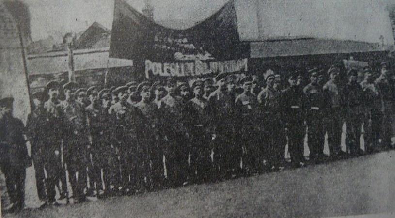 Żołnierze jednego z polskich pułków walczących po stronie bolszewików /domena publiczna