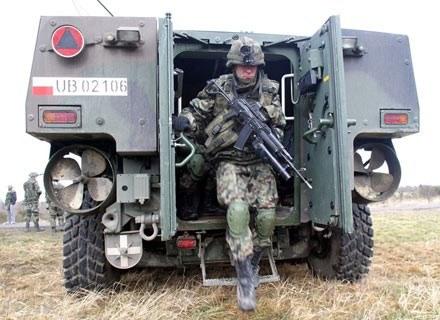 Żołnierze na szkoleniu, jeszcze przed wylotem do Afganistanu/fot. Michał Niwicz /Agencja SE/East News