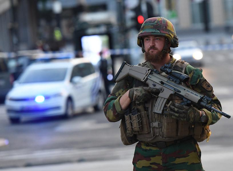 Żołnierze na ulicach Brukseli /EMMANUEL DUNAND /AFP