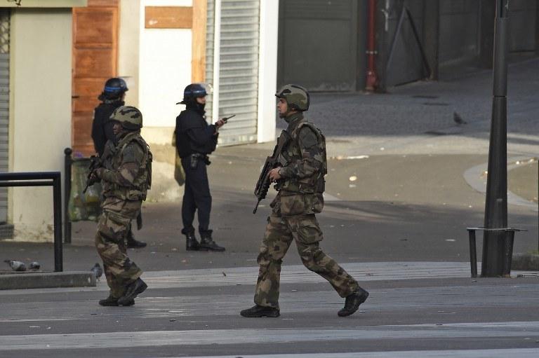 Żołnierze na ulicach Paryża /AFP