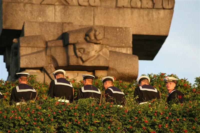 Żołnierze podczas uroczystości na Westerplatte /RMF FM /RMF FM