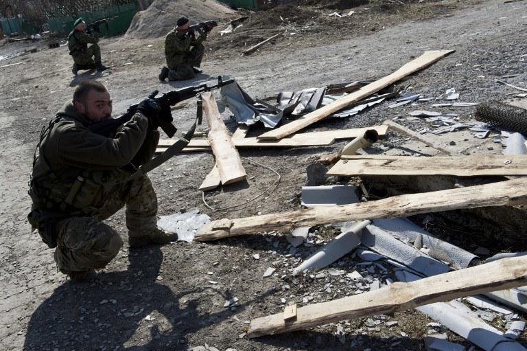 Żołnierze samozwańczej Donieckiej Republiki Ludowej /JOHN MACDOUGALL /AFP