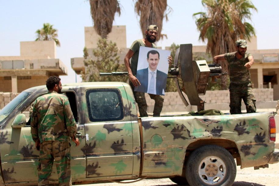 Żołnierze syryjskiej armii rządowej /YOUSSEF BADAWI /PAP/EPA