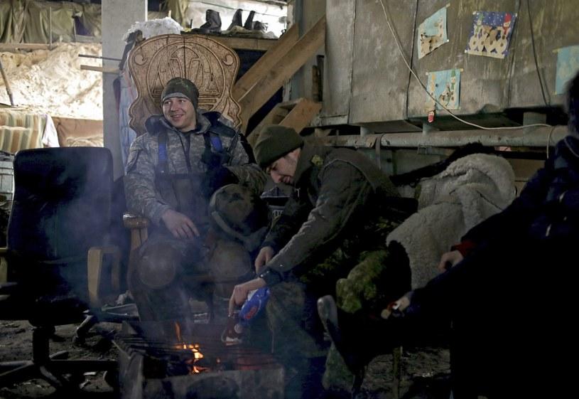 Żołnierze ukraińscy w pobliżu Doniecka /PAP/EPA