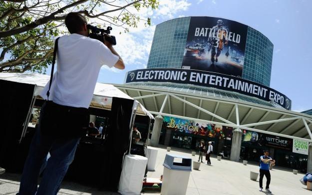 Żołnierze z gry Battlefield witali uczestników targów E3 /AFP