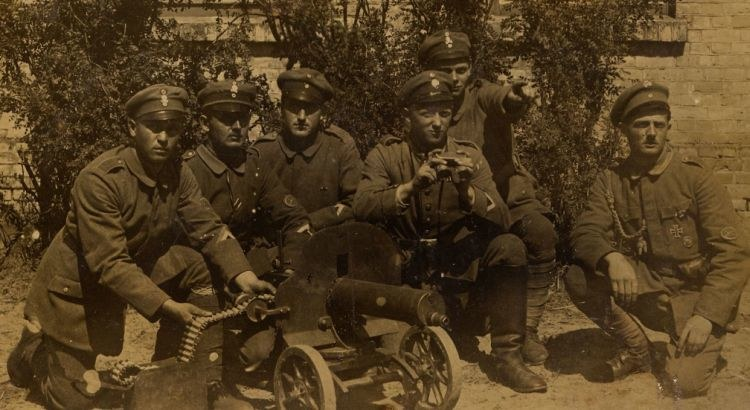 """Żołnierze """"Żelaznej Dywizji"""" /Bundesarchiv /materiały prasowe"""